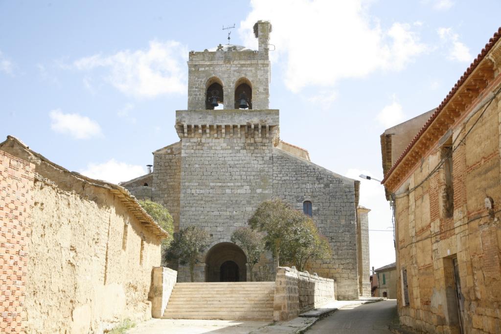 Meneses Iglesia parroquial 11