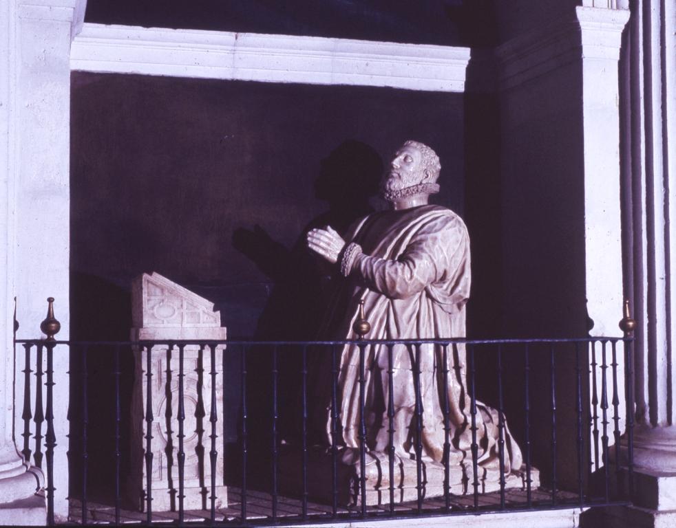 Meneses Iglesia parroquial 5